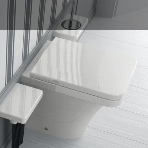 Hidra | Stand-WC | Serie Flat | weiß | WC-Sitz FLZ | Accessoirs Piano