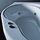 Eckbadewanne Aurora | optionales Whirlpoolsystem |
