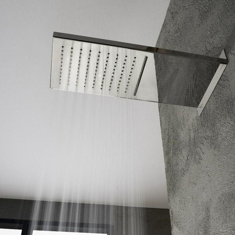 wandmontierte regenbrause von treemme mit wasserfallfunktion chrom. Black Bedroom Furniture Sets. Home Design Ideas