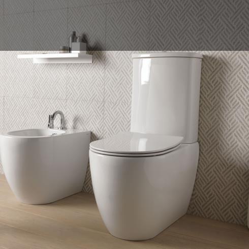GSG Smart Clean | Spülrandloses Stand-WC mit Keramik-Spülkasten mit Quick release und Soft Close WC-Sitz