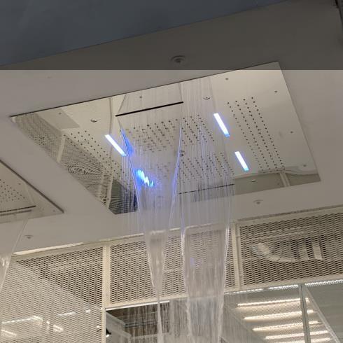 Regenbrause mit Wasserfall und Nebeldüsen und LED-Licht | 95x95 cm