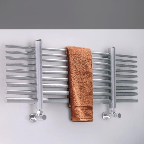 Badheizkörper Selene | 80x34cm | lackiert RAL 9006 Silber matt