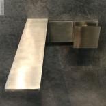 Einhebelmischer Unterputz 5mm | Edelstahl gebürstet | quadratischer Betätigungsknauf | Präsentation Cersaie