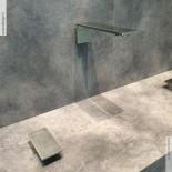Treemme Einhebel-Tischmischer 5mm mit Wandauslauf | Edelstahl gebürstet  | Präsentation Cersaie
