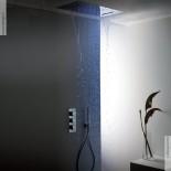 Regenbrause mit Wasserfall und Licht | Einbaudeckenbrausepaneel 70x38 cm | edelstahl poliert