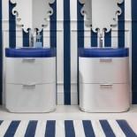 Regia Waschtisch Bilbao | Waschbecken: Vetroghiaccio blau (56) | Unterschrank: weiß glänzend lackiert (10)