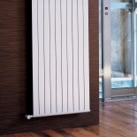 Wandheizkörper SAND vertical | weiß glänzend | 700x2500